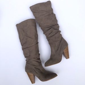 Shoes - Taupe knee high boots sz 7